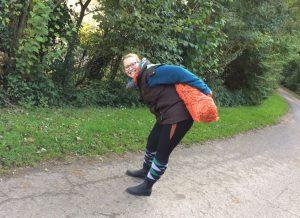 Möhren-Hosen-Träger: Das Orange passt sogar zum Zier-Einsatz in der Reithose. Foto: privat